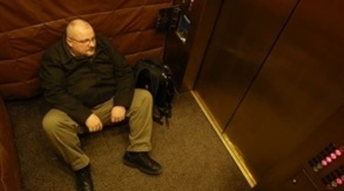 سويدي بقي عالقا في مصعد فندقه في النمسا لمدة أربعة أيام