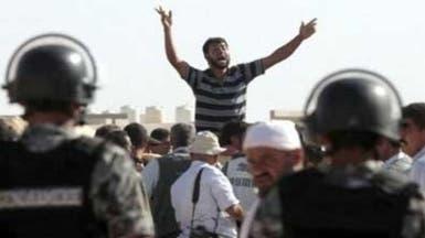 لاجئون في الزعتري يطلبون فتح الحدود للعودة للقتال بسوريا