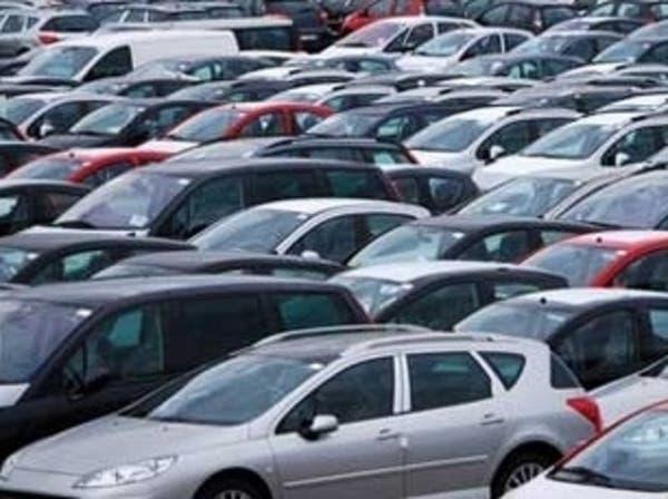 الإمارات تطالب وكلاء السيارات المحليين بمراجعة الأسعار