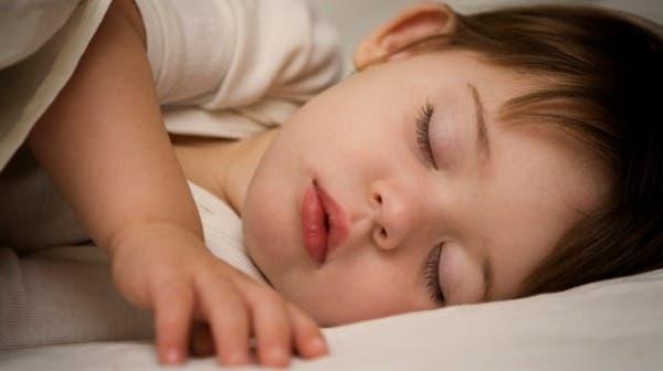 هذه الاسباب وراء رفض طفلك الرضيع النوم