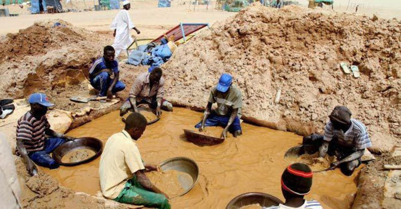 Search ends for 100 Sudan miners believed dead, miner says