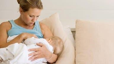 حليب الأم يحوي بروتيناً يزيد حساسية الجراثيم للمضادات الحيوية