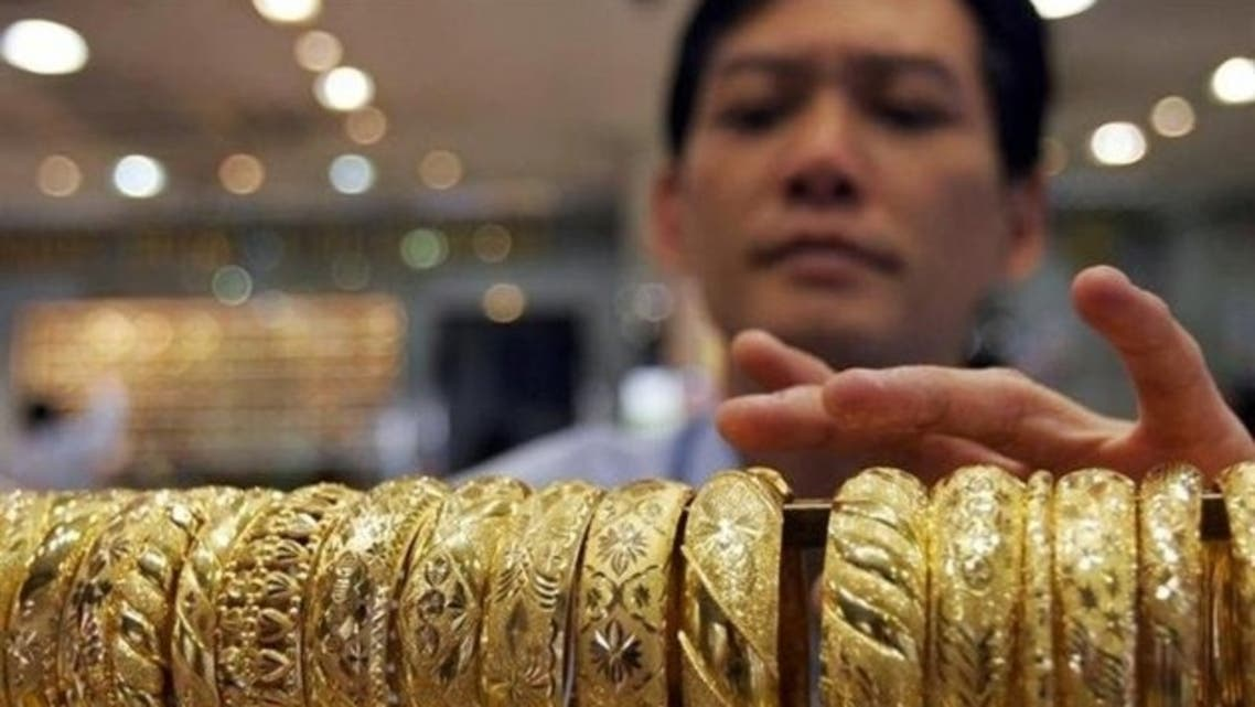 Gold prices approach a two-week high in Singapore. (Reuters)