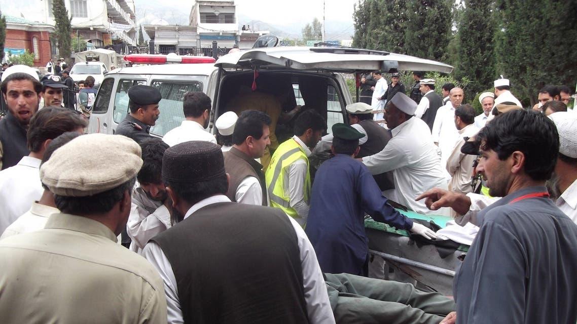 14 قتيلاً في اعتداء لطالبان قبل أيام من انتخابات باكستان
