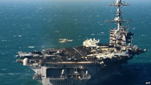 سفينة حربية أميركية في مياه الخليج