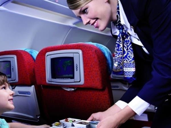 """الخطوط الجوية التركية تتراجع عن حظر """"أحمر الشفاه"""""""