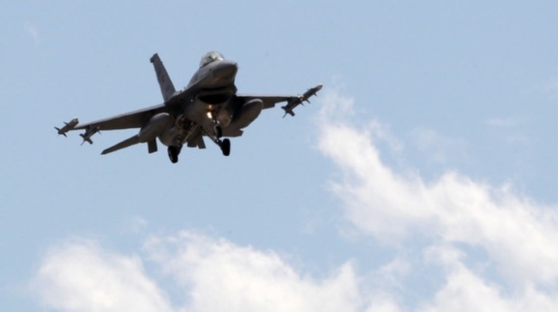 A Turkish F-16 fighter jet approaches the tarmac of Incirlik airbase in the southern Turkish city of Adana July 3, 2012. (Reuters)