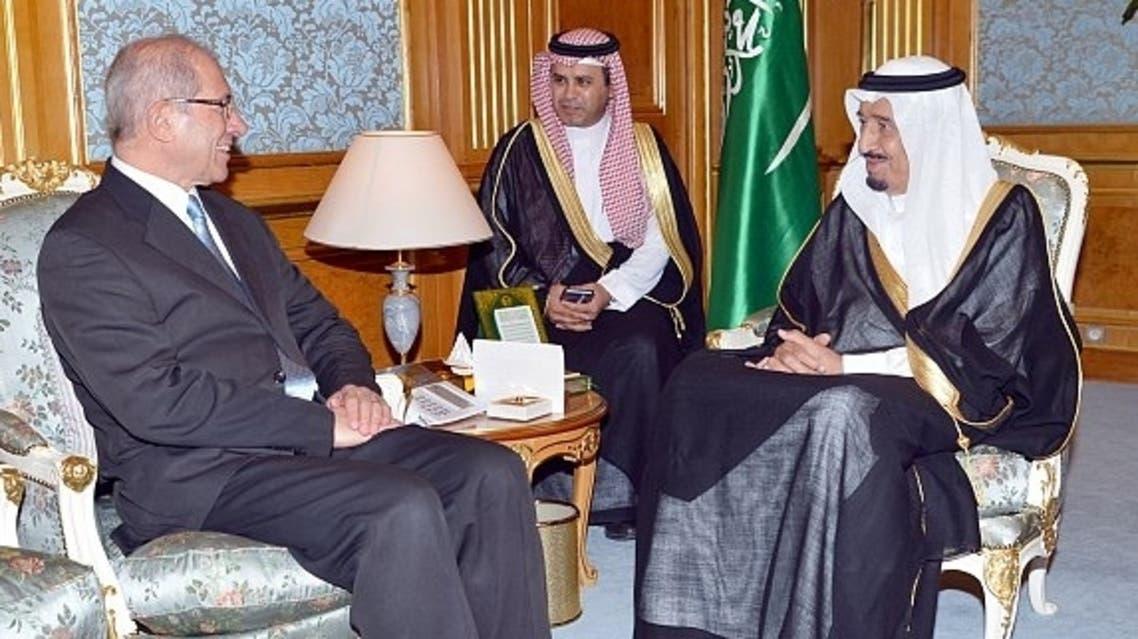 ولي العهد خلال استقباله مدير عام منظمة حظر الأسلحة الكيميائية (الرياض)