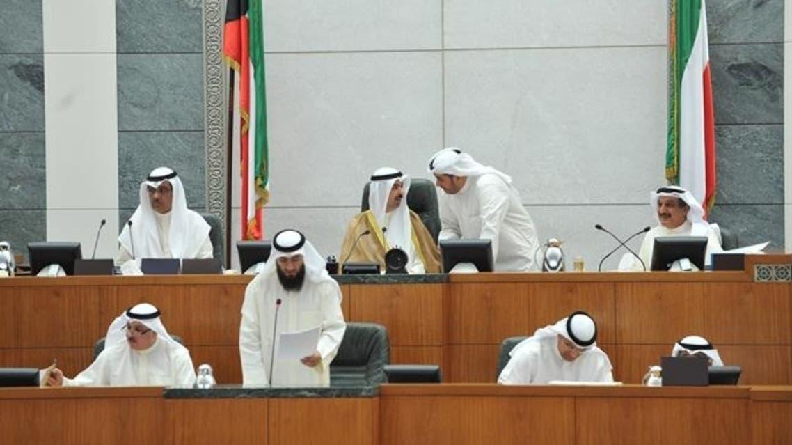 علي الراشد رئيس مجلس الأمة خلال إحدى جلسات البرلمان الكويتي