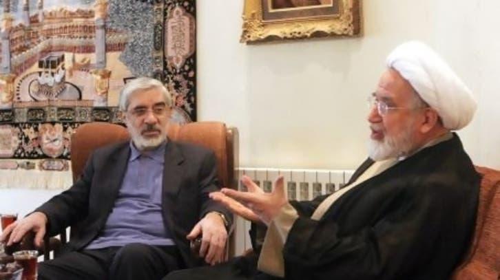 خانواده های موسوی و کروبی اظهار نظرهای منتسب به آن ها درباره انتخابات را تکذیب کردند