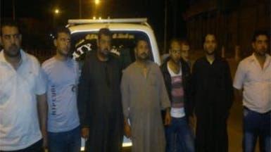 حزب سلفي يستقبل أهالي الجنود المختطفين في سيناء
