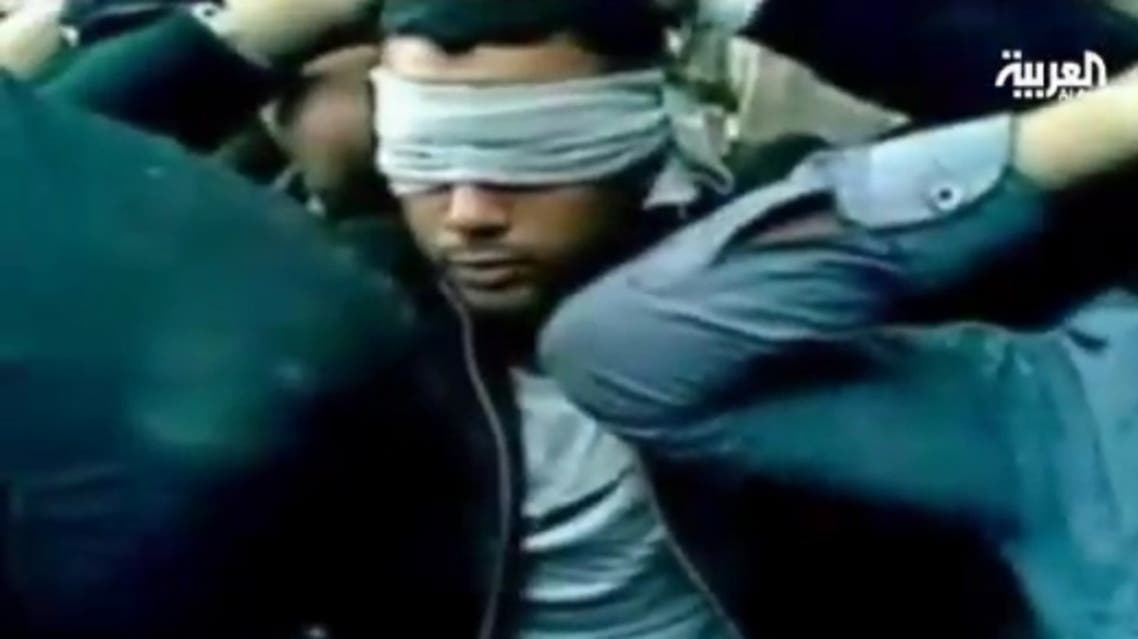 فيديو يظهر جنود سيناء المختطفين يتوسلون للإفراج عنهم