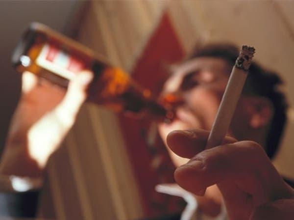 التدخين والكحول يسببان هرم الدماغ المبكر