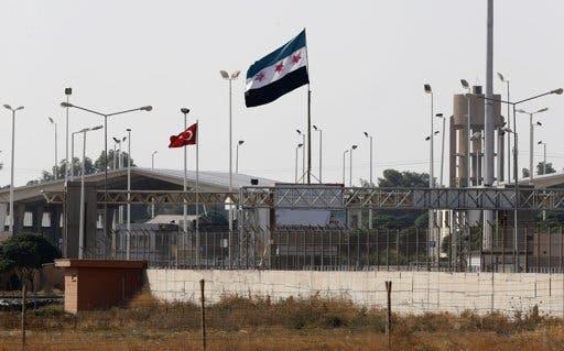 الحدود بين سوريا وتركيا