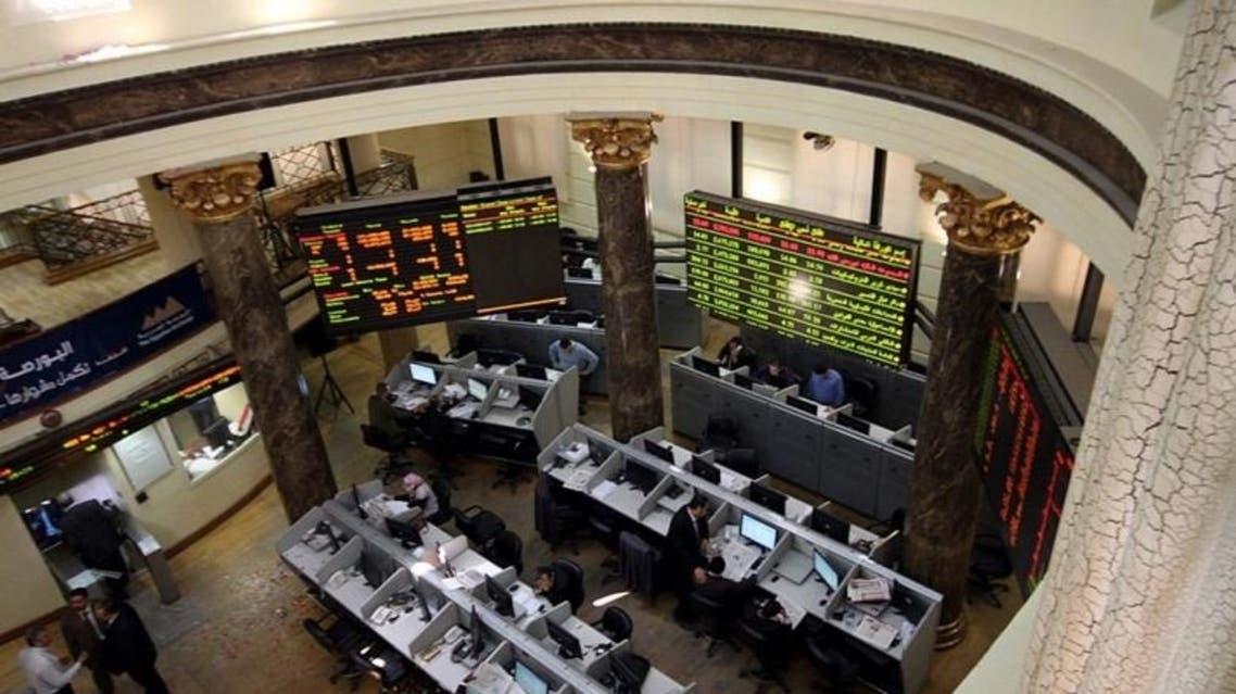 البورصة المصرية تبعد شركات من التداول
