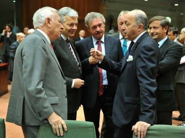 أوروبا ترفع الحظر عن تسليح المعارضة السورية وروسيا تحتج