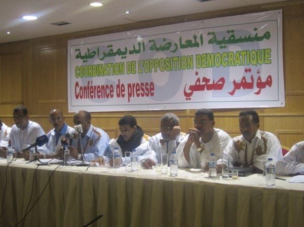 معارضة موريتانيا تطالب فرنسا بكشف صحي عن ولد عبدالعزيز