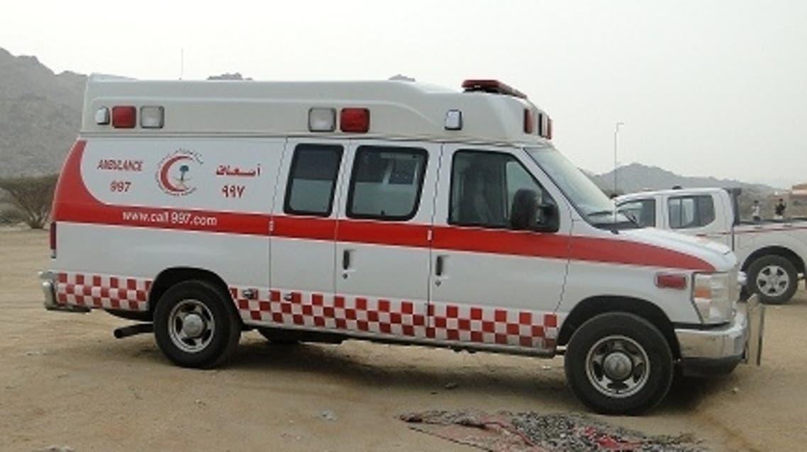 سيارة اسعاف الهلال الاحمر السعودي