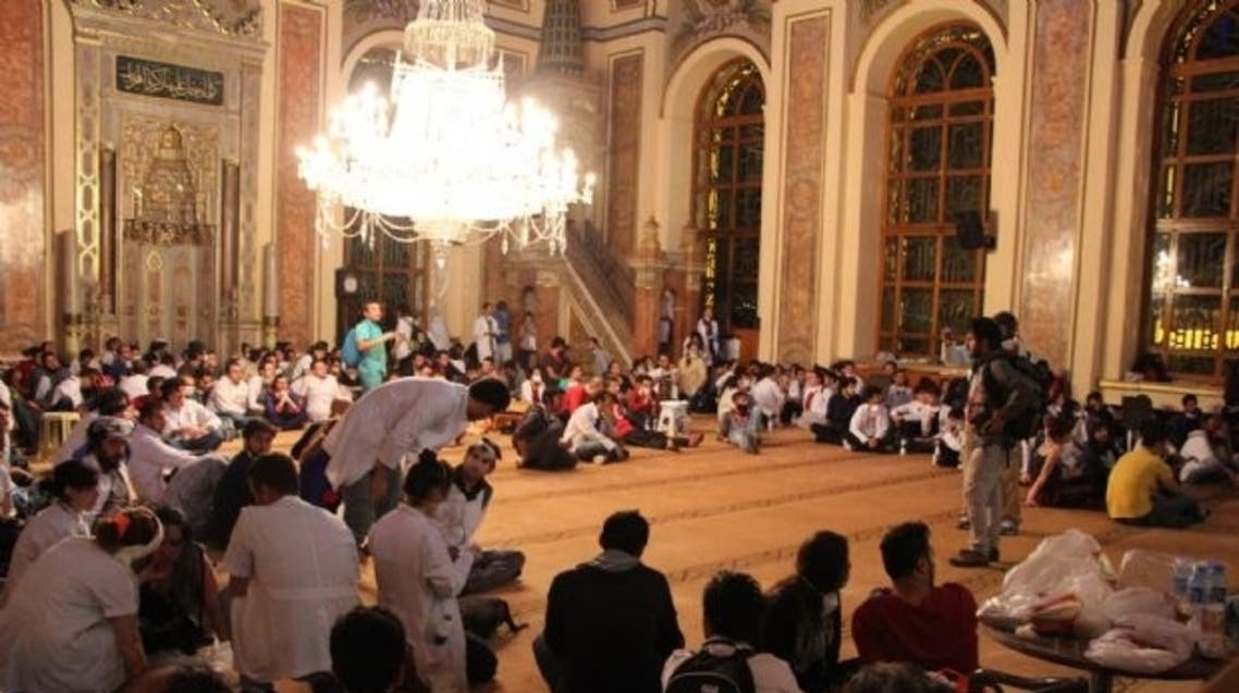 Turkish protesters turn a mosque into a sickroom. (Photo courtesy: DHA)
