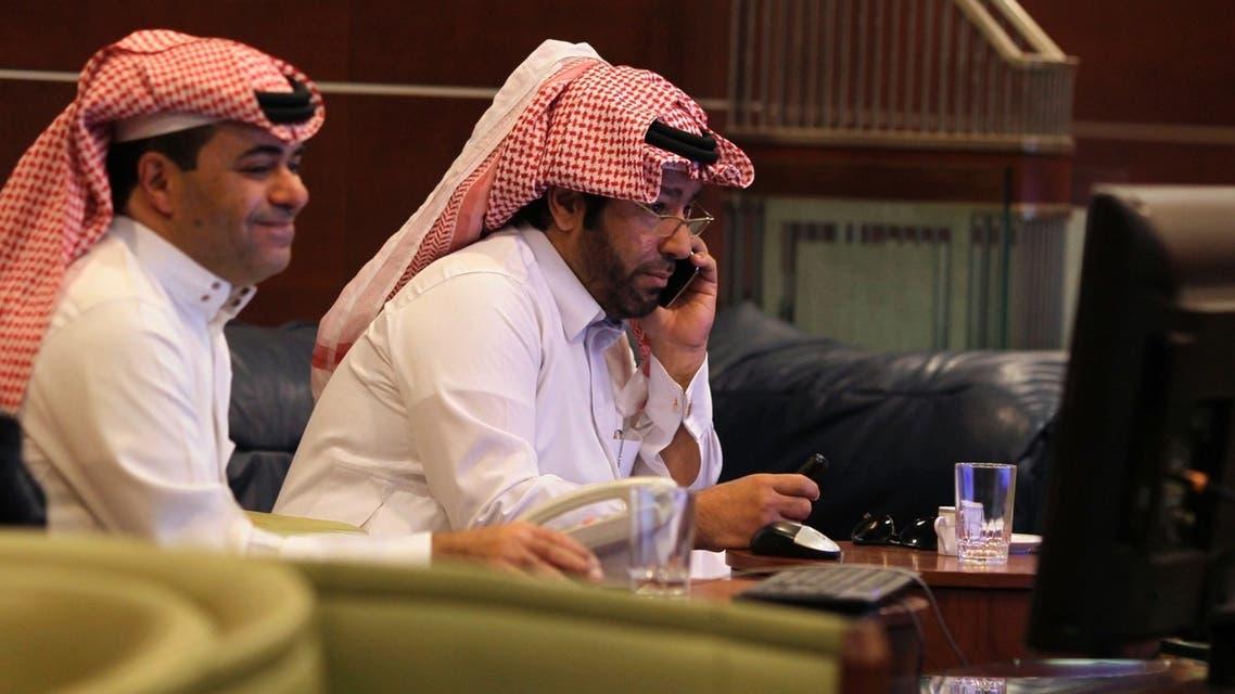 متعاملين في سوق الاسهم السعودية في الرياض بورصة