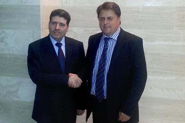 رئيس الوزراء السوري وائل الحلقي يستقبل غريفن بدمشق