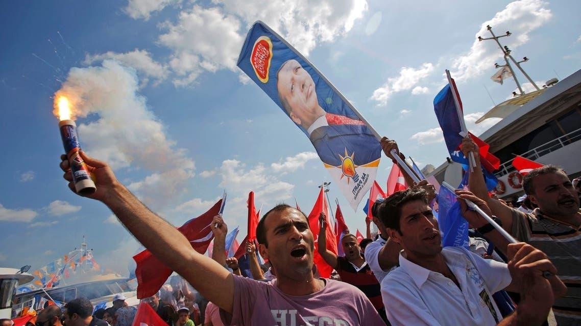 erdogan supporters REUTERS
