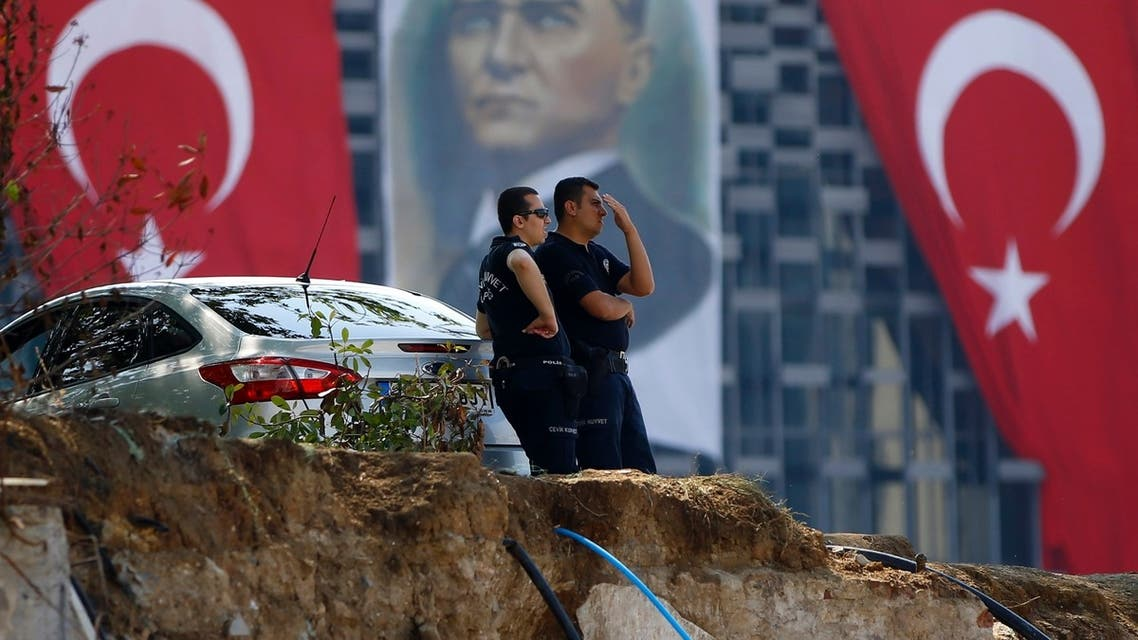 Turkish police guard the entrance of Gezi Park at Taksim Square in Istanbul June 17, 2013. (Reuters)