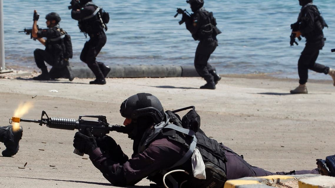 Members of the special forces take part in the Eager Lion military exercise in the coastal city of Aqaba June 19, 2013. REUTERS
