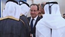 Hollande in Qatar for talks on Syria, economy