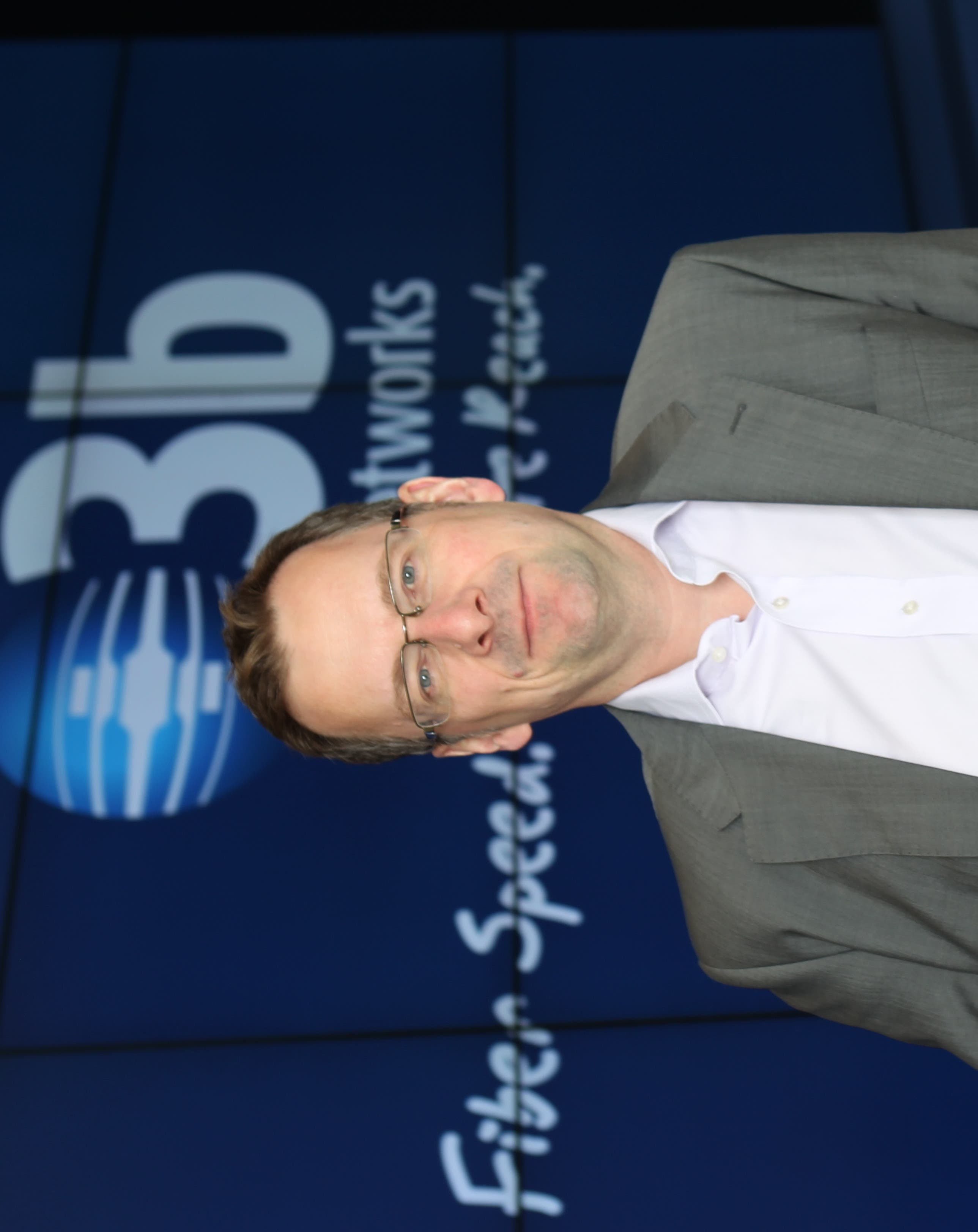 Steve Collar, Chief Executive of O3b Networks