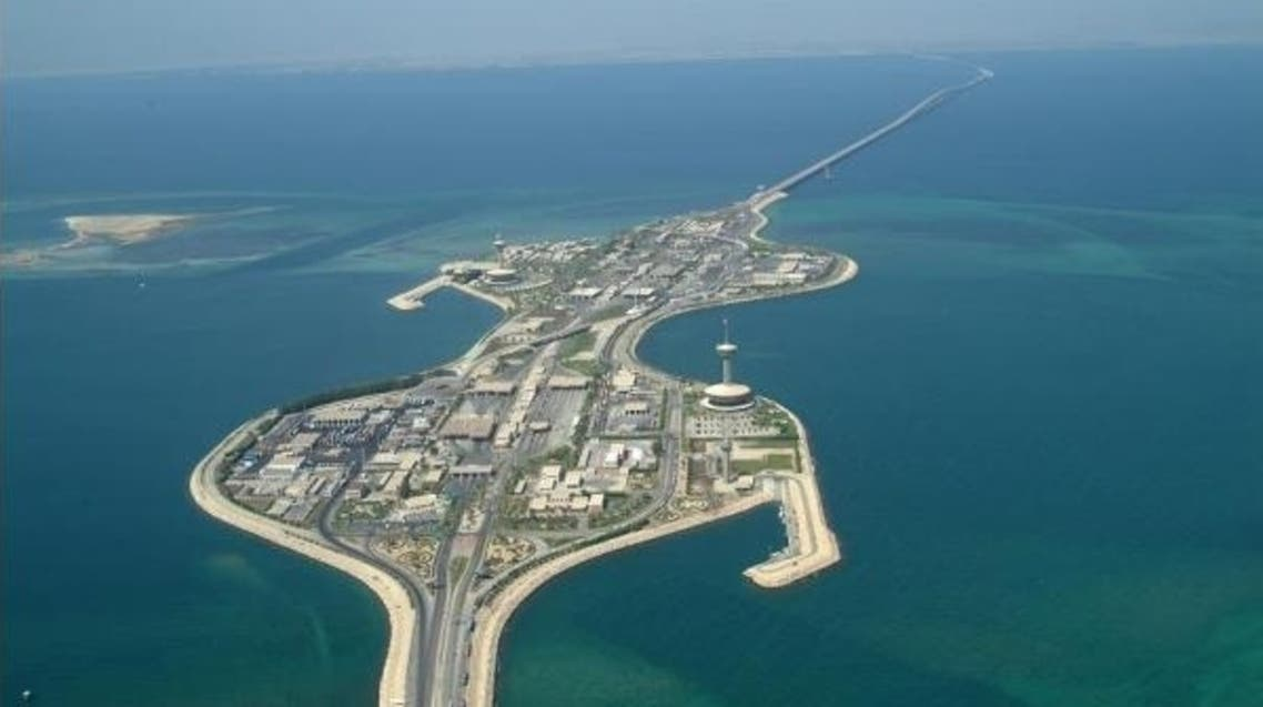 جزيرة الخدمات بجسر الملك فهد