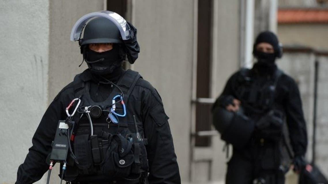 الشرطة الفرنسية تعتقل متطرفين