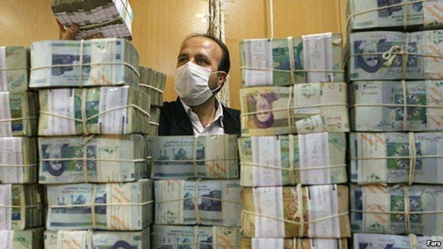 التومان الإيراني