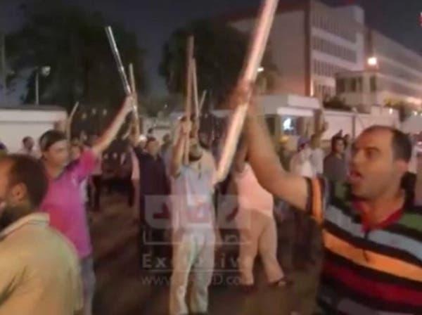 تدريبات قتالية لمؤيدي مرسي أمام رابعة العدوية
