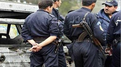 تفكيك شبكة جزائرية لتهريب الأسلحة من ليبيا