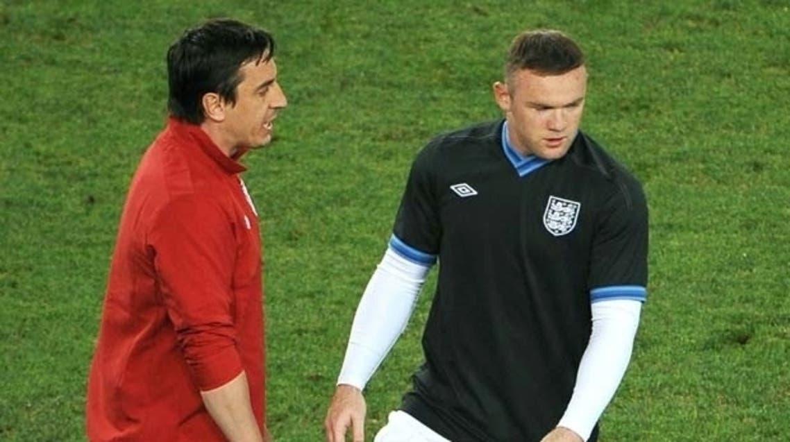 نيفيل طلب من روني البقاء مع مانشستر يونايتد