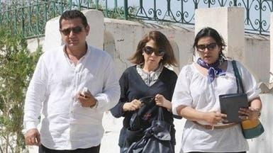 ماجدة الرومي تزور ضريح المناضل شكري بلعيد بتونس
