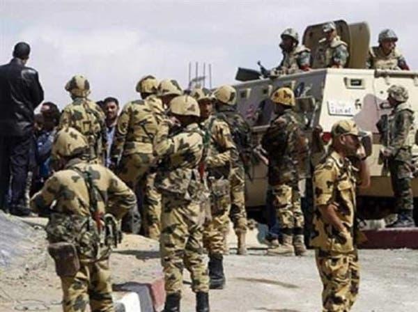 الجيش المصري يقتل 8 إرهابيين ويعتقل 12 في شمال سيناء