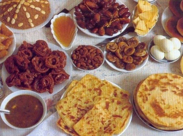 الأطعمة عالية السعرات والدهون تتصدر مائدة رمضان بالمغرب
