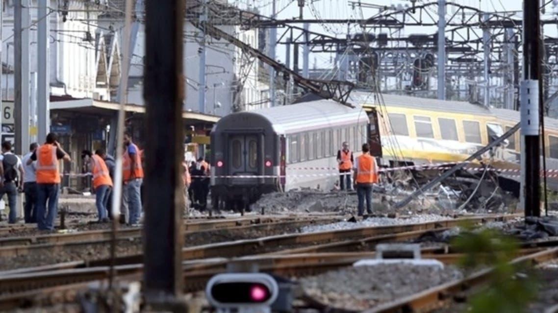 Paris train derailing