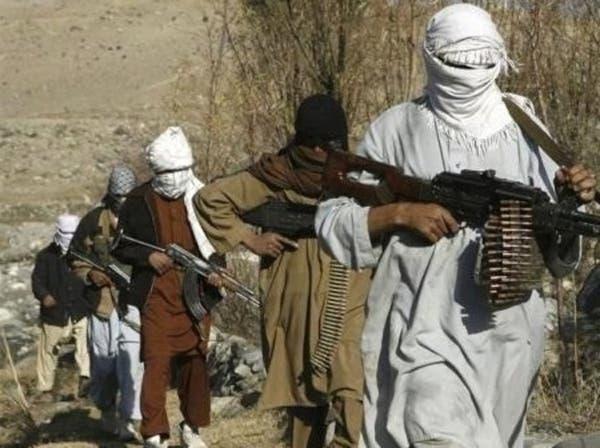 أفغانستان.. قتلى وجرحى بانفجار لغم في حافلة