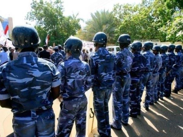 انتظروهم 30 سنة.. جثث 28 ضابطاً تحت التراب في السودان