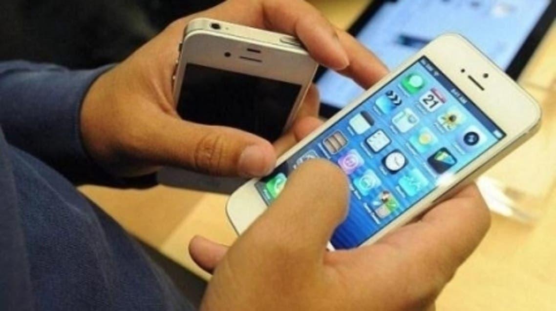 تراجع استخدام الهواتف النقالة بالأردن