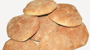 الفرق الرقابية تتلف 1000 رغيف خبز فاسد بالمشاعر المقدسة