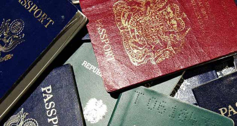 Expats in Saudi advised to steer clear of passport 'expediters' - Al