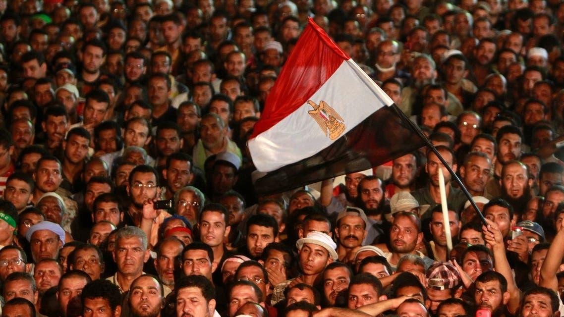 طائرة تابعة للجيش المصري فوق اعتصام رابعة العدوية