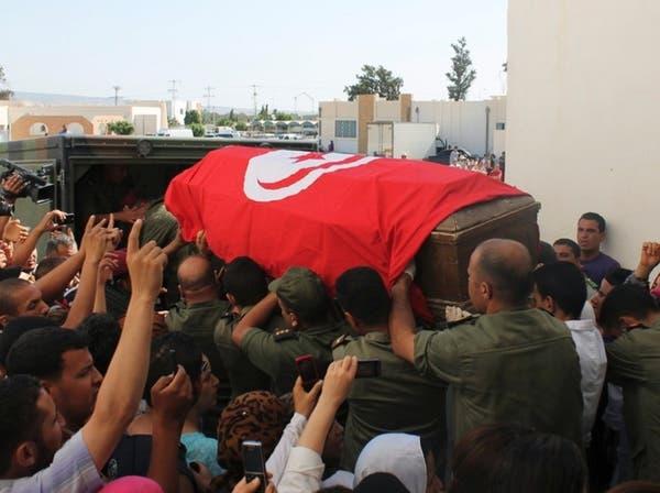 """وزارة الدفاع تواجه الإرهاب بدعوة التونسيين لـ""""اليقظة"""""""