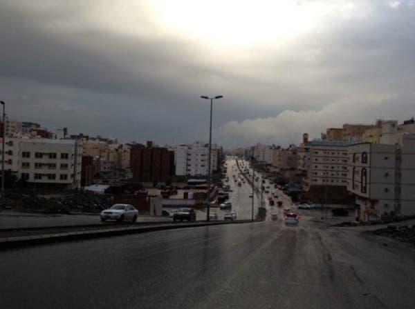 الأمانة العامة لمكة تستنفر لإزالة مخلفات الأمطار