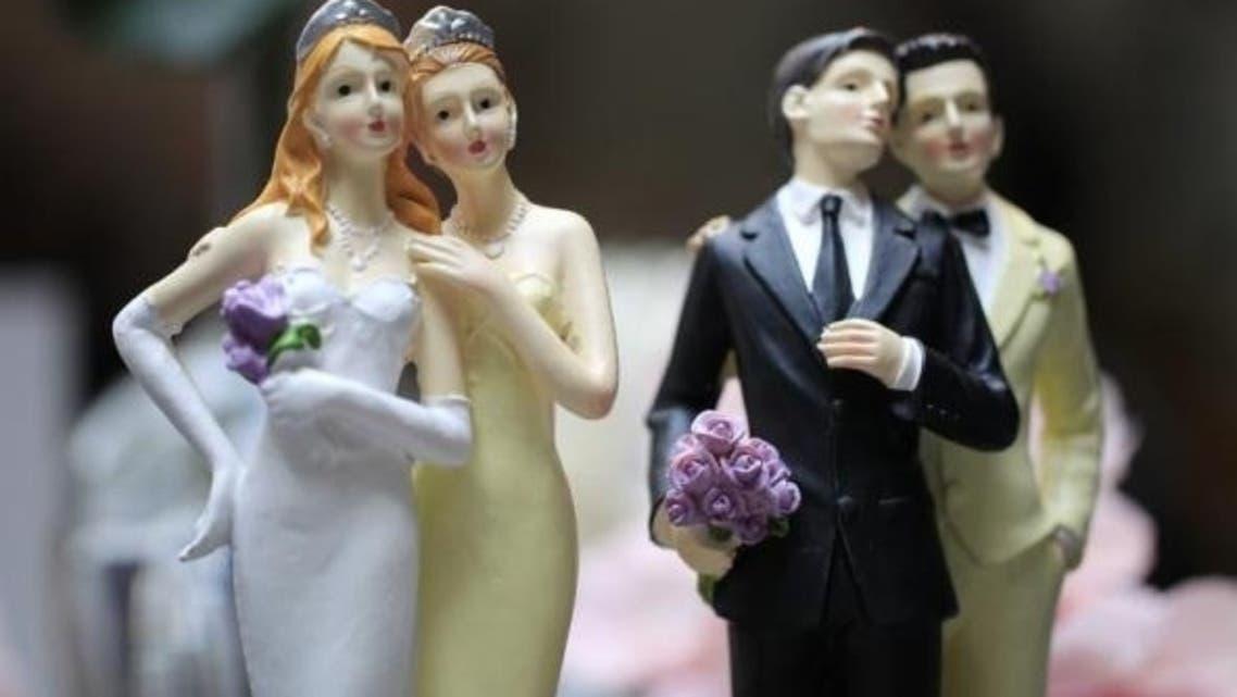 gay couple figurines