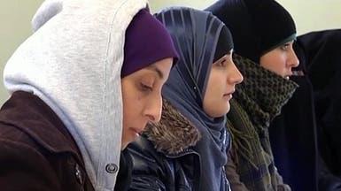 حظر الحجاب في فرنسا يتوسع.. والجامعات آخر المطاف